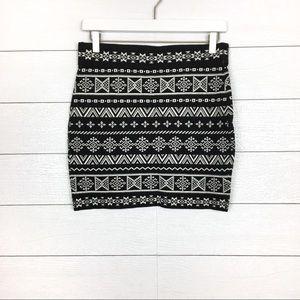 NWT Krimson Klover Nordic Sweater Skirt Black